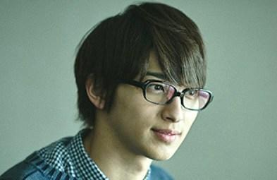 横浜流星のメガネ姿が別人すぎる!メガネ画像や気になるブランドも!