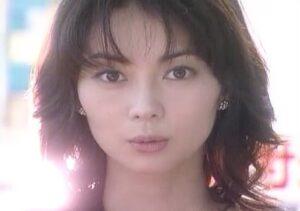 前髪ふさふさの伊東美咲