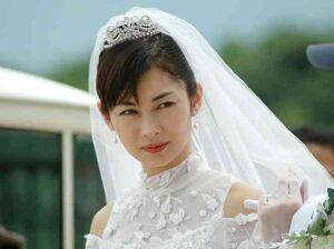 新婚の伊東美咲